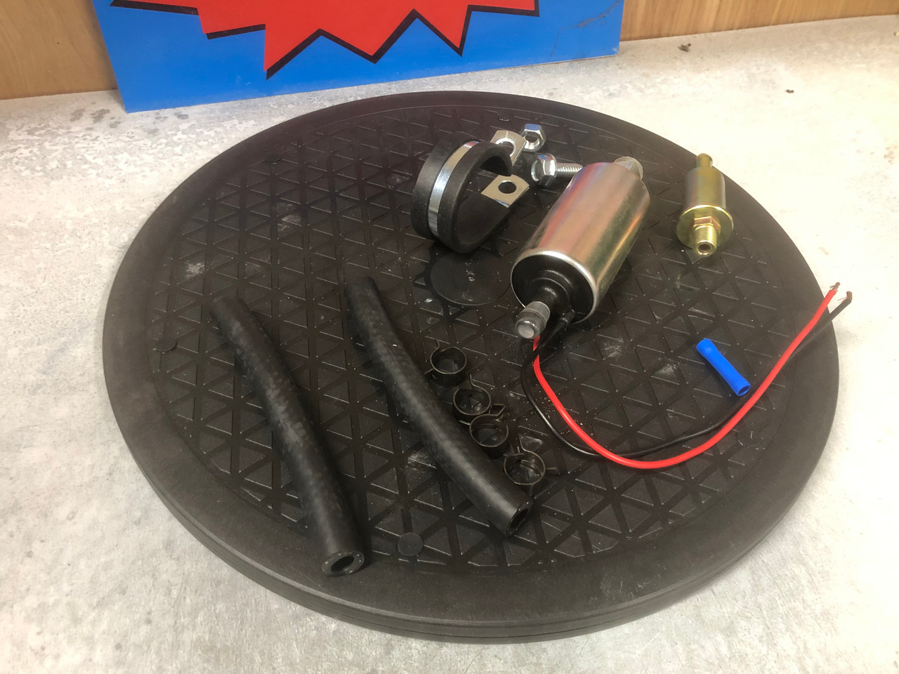 Electric fuel pump, low pressure 4.7 PSI 30 gph