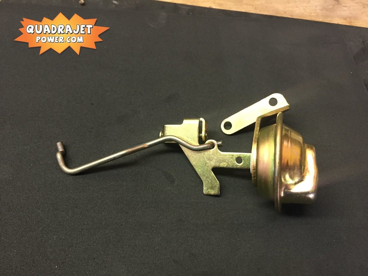 Choke pull off Vacuum Brake 880, New with linkage rod