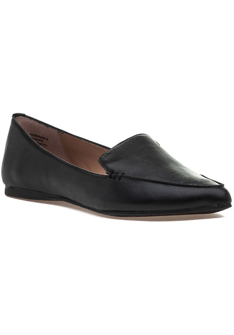 51a3a7d0df1 Feather Loafer Black Leather.  69.00. Steve Madden