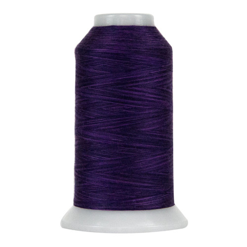 OMNI-V - 9057 - Purple majesty - Cone - 2000 yds - Poly-wrapped Poly Core Machine Quilting Thread