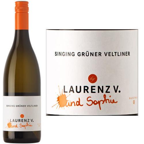 Laurenz V Und Sophie Singing Gruner Veltliner Kremstal