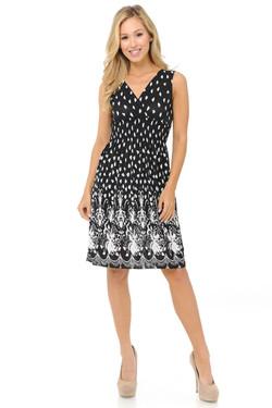 Wholesale Fashion Casual Flowing White Petals Deep-V Summer Dress