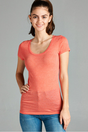 Wholesale Open Scoop Neck Short Sleeve Basic T-Shirt