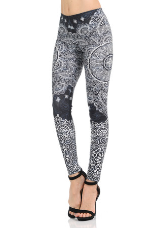 Wholesale Premium Graphic Monochrome Paisley Mandala Leggings