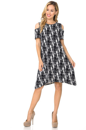 Wholesale Buttery Soft Cold Shoulder Splattered Lines Shift Dress