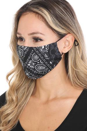 Wholesale Face Frame Black Bandana Graphic Face Mask