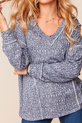 Wholesale Two Tone Long Sleeve Outside Seam Rib Knit V-Neck Plus Size Top