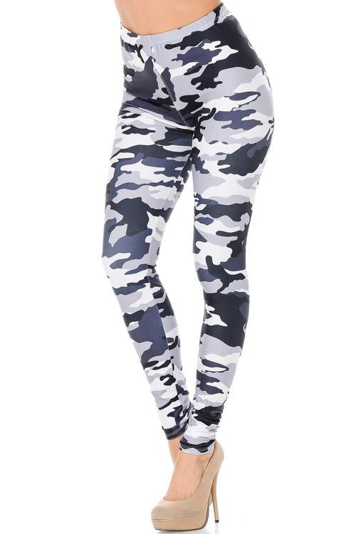 Wholesale Creamy Soft Black and White Camouflage Plus Size Leggings