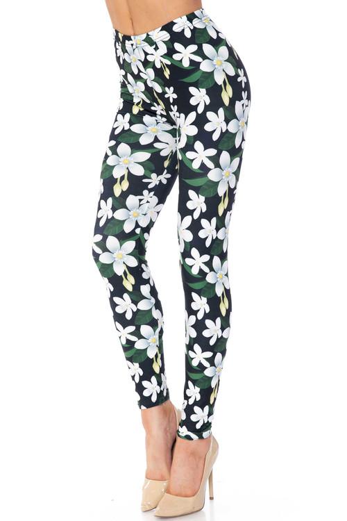 Wholesale Creamy Soft Daisy Bloom Plus Size Leggings - USA Fashion™