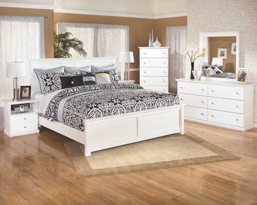 Bostwick Shoals White 8 Pc. Dresser, Mirror, Chest, King Panel Bed & 2 Nightstands