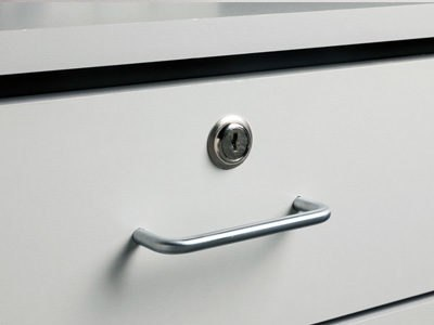 055-door-drawer-locks-option-25267.1549987540.jpg
