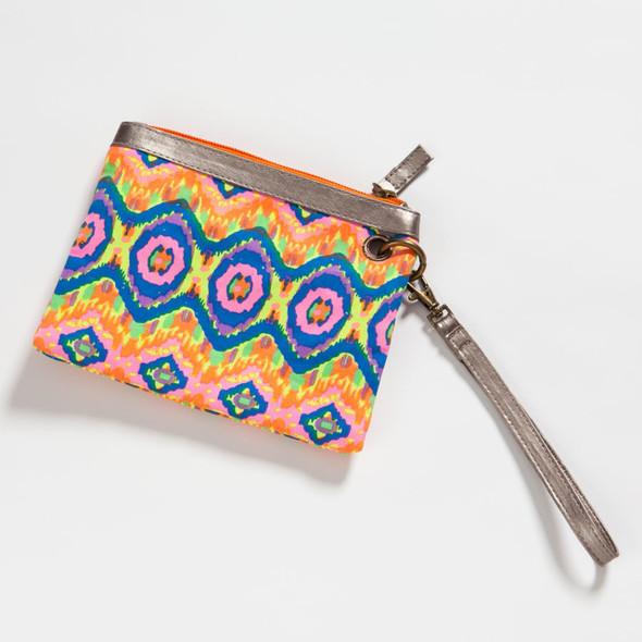 Pink Design Wristlet Wallet 4042874