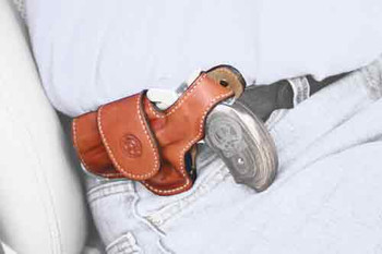 BOND ARMS ARMS DRIVING HOLSTER LH THUMBSNAP LEATHER TAN