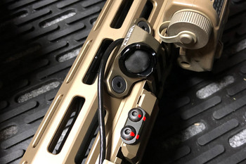 "Unity Tactical HOT Button Mlok Laser 9"" FDE"