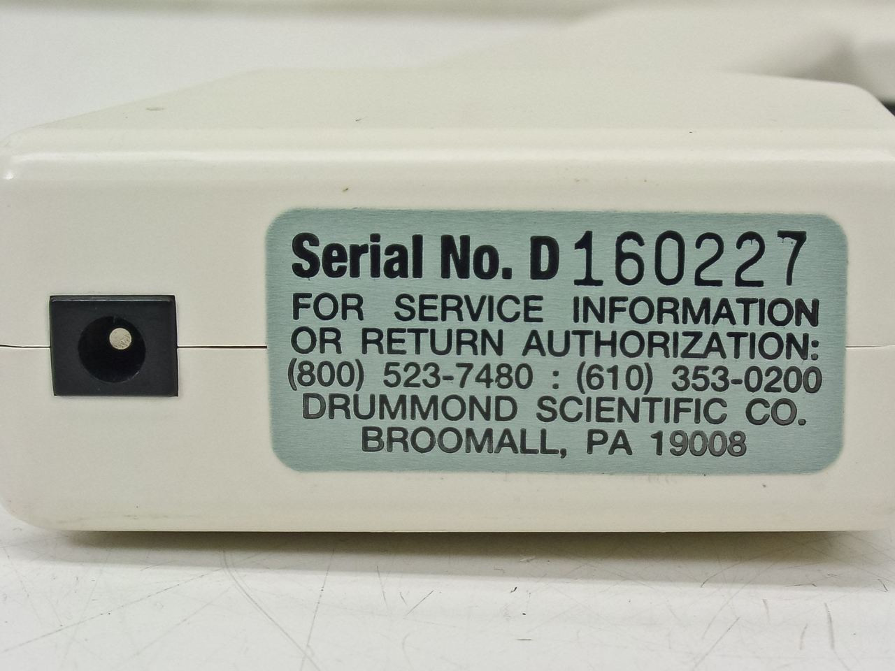 Drummond 4-000-100 Portable Pipet-Aid w/ OEM charger
