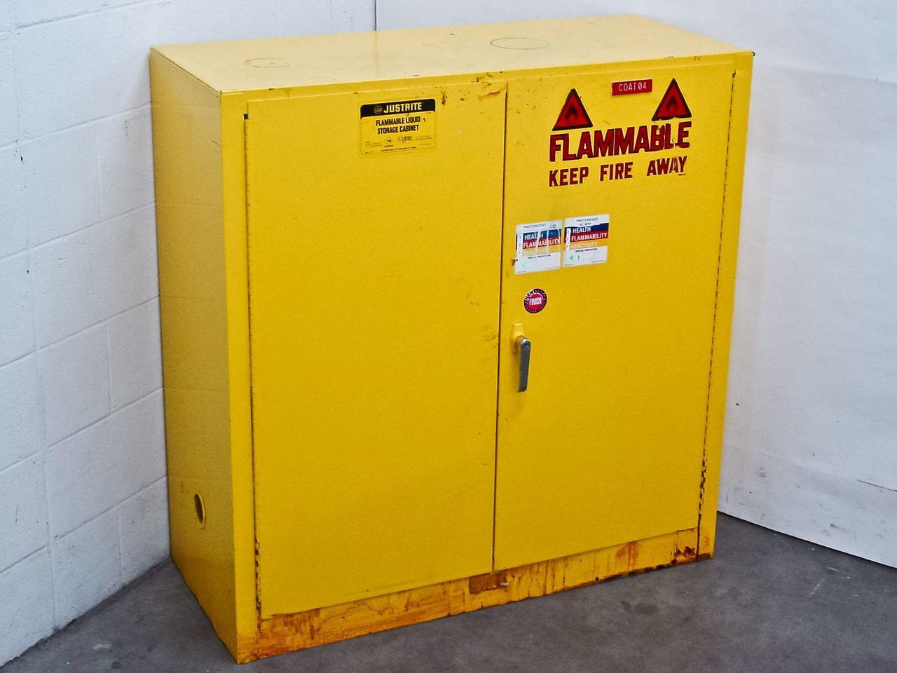 Justrite 25300 30 Gallon Flammable Liquid Storage Cabinet ...