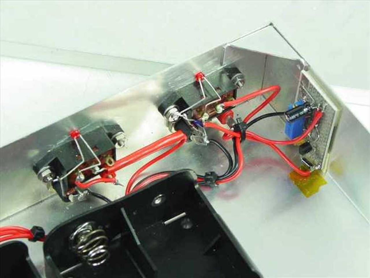 Custom Aluminum Enclosure Battery box for 12 D-cells