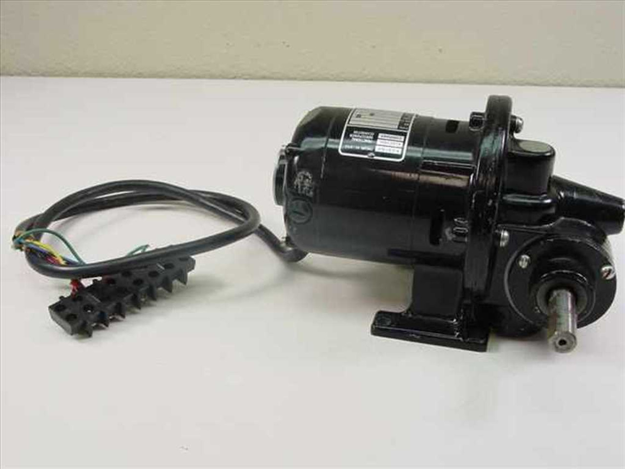 bodine electric nsh 12rg e10610186 gear motor 1 50hp 1726 rpm 43 lb in 1 6 rpm ratio 4 wire bodine electric motor wiring diagram gear motors