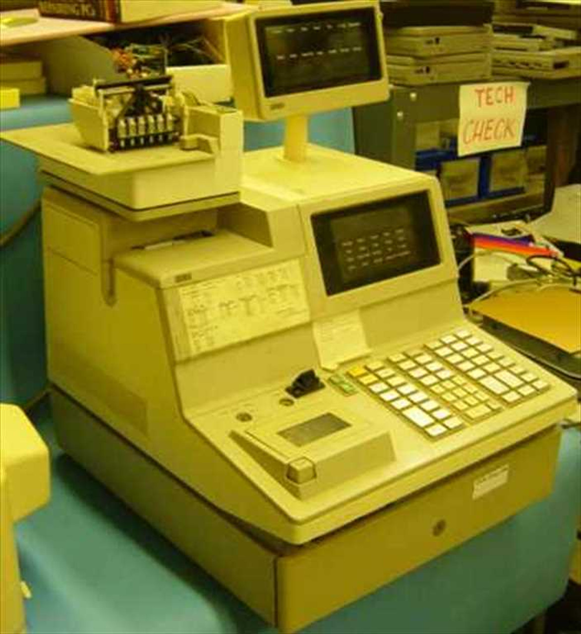 NCR 2126-1120 Cash Register