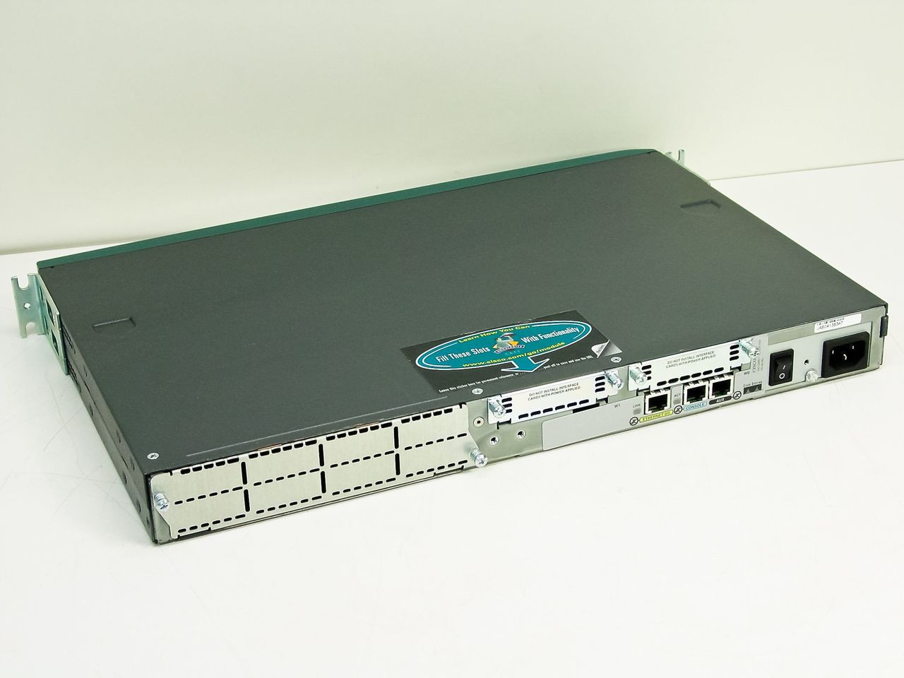 Cisco 2610 Network Router - 2600 Series | RecycledGoods.com