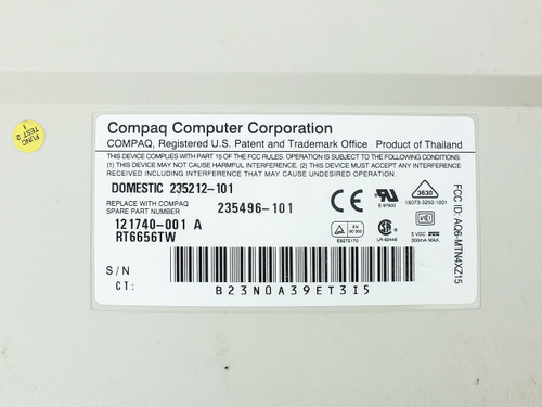 Compaq 121740-001 104-Key Computer Keyboard - Domestic 235212-101 - 235496-101