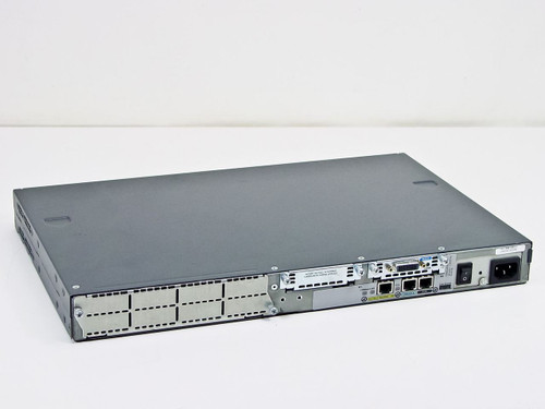 Cisco CISCO2620 2600 Series Router Missing Faceplate