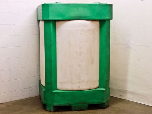 Snyder 68445 330 Gallon Industrial Tank Standard ULTRATAINER / Freight Container