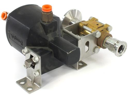 Whitey 133 DA Swagelok Pneumatic Double-Acting 90° Actuator w/ B-63TUVF8R Valve