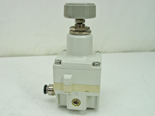 SMC Precision Regulator (IR2020-02BG)