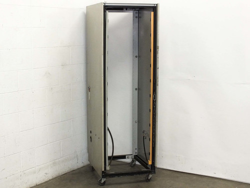 "Generic 38U w/ Power Strips and 220V Adapter 19"" Cabinet Rackmount Chassis"