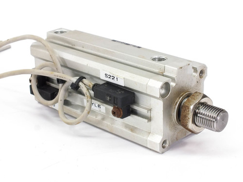 SMC CDQ2KB32-70DM-J79L Pneumatic NON-Rotating Cylinder Stroke:70mm Bore:32mm