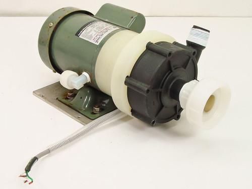 Iwaki MD-100LFY Magnetic Drive 1/3 HP Motor Pump Fluoroplastic - Cracks - As-Is