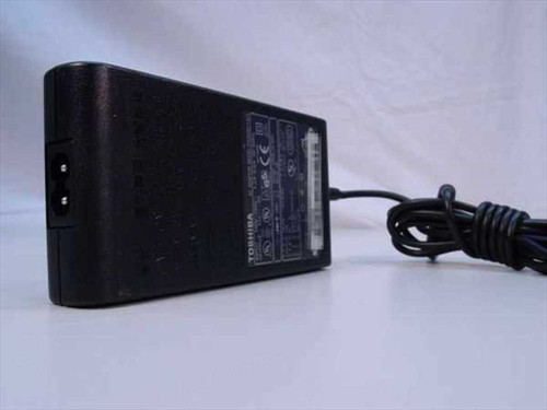 Toshiba PA3083U AC Adapter 15VDC 5A Barrel Plug -Tecra 9000 - New Open Box