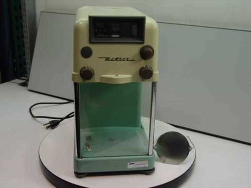 Mettler Instrument 170677 Scale Lab Balance - Cracked Case - As Is
