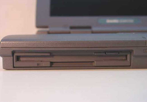 Toshiba PAS254U-S2CW8 Satellite 2540CDS Laptop 10GB HDD - Bad Screen - As Is