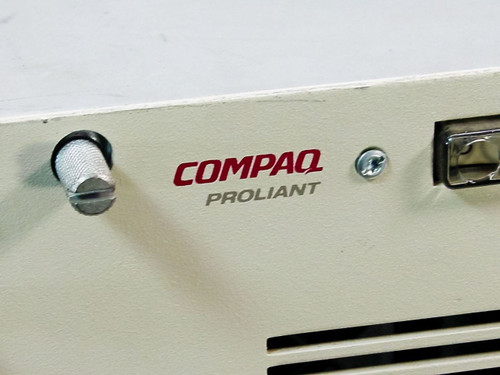 Compaq Proliant 2000 Server Series 3130 - As is / For Parts