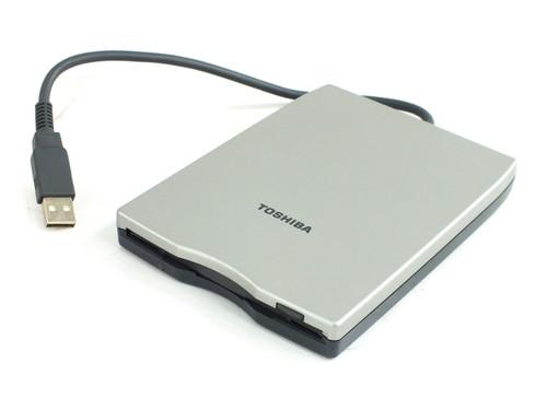 Toshiba PA3043U External USB Floppy Drive for Laptop + Desktop - P000319960