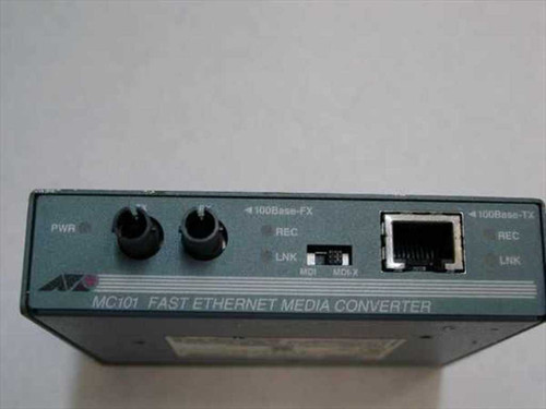 Allied Telesyn TX to FX Fast Ethernet media converter/ST fiber (AT-MC101)