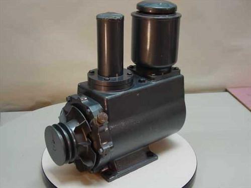 ULVAC D-950 Oil Rotary Vacuum Pump - Rebuilt - No Motor Included