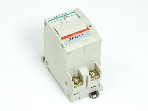 Fuji Electric Circuit Protector / Breaker 5 Amp 2-Pole CP32T-M005 CP32TM/5