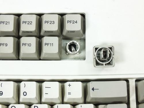 IBM 1390702 Series M 122-Key Mechanical Spring Terminal Keyboard 3191 / 3192