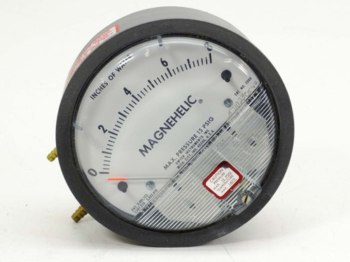 """Dwyer 2008 Magnehelic Differential Pressure Gauge 0-8"""" 15 PSIG 150°F Max"""