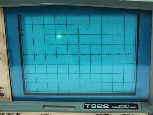 Tektronix T922 15MHz 2-Channel Portable Oscilloscope - No CH 2 - As Is
