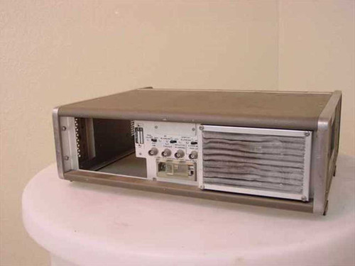 HP 8620B Sweep Oscillator Mainframe with Plug In Slot