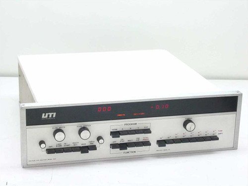 UTI Model 100C Precision Gas Analyzer Controller - Amplifier 30 - 5162
