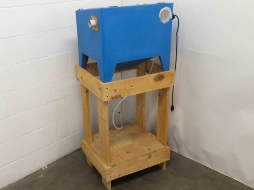 Cyclone E100 Small Trigger-Operated Bench-Top Sand Blaster Cabinet - No Stand