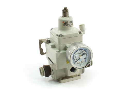 SMC IR3120-N04BG Precision Regulator, 150 PSI Max, 1.5-120 PSI, Mounting Bracket