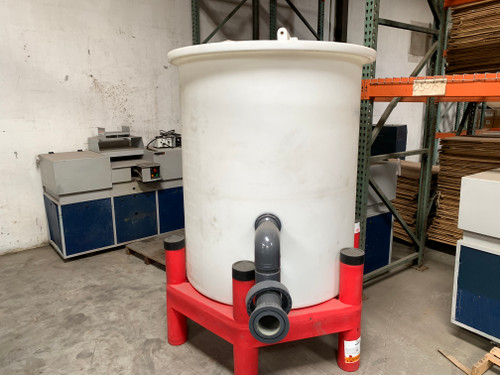 Snyder Industries 440 Gallon Water Tank with ASM Support Stand (1666L)