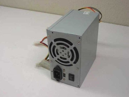 Generic 250 W ATX Power supply w/ ATX Connector (250 Watt)