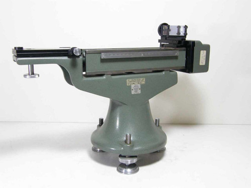 Hilger & Watts N 34.304 Optical Instrument with 210.77mm Travel w/ Wood Box